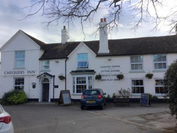 Chequers Inn Fladbury refurbished and reopens